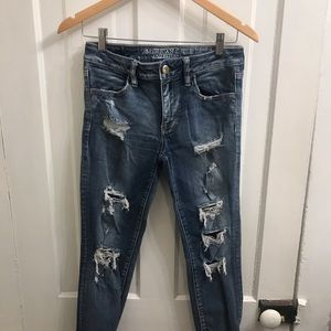 American Eagle Ripped Cropped Jegging
